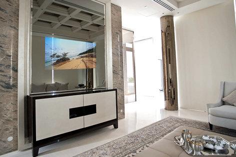 hospitality Mirror TV